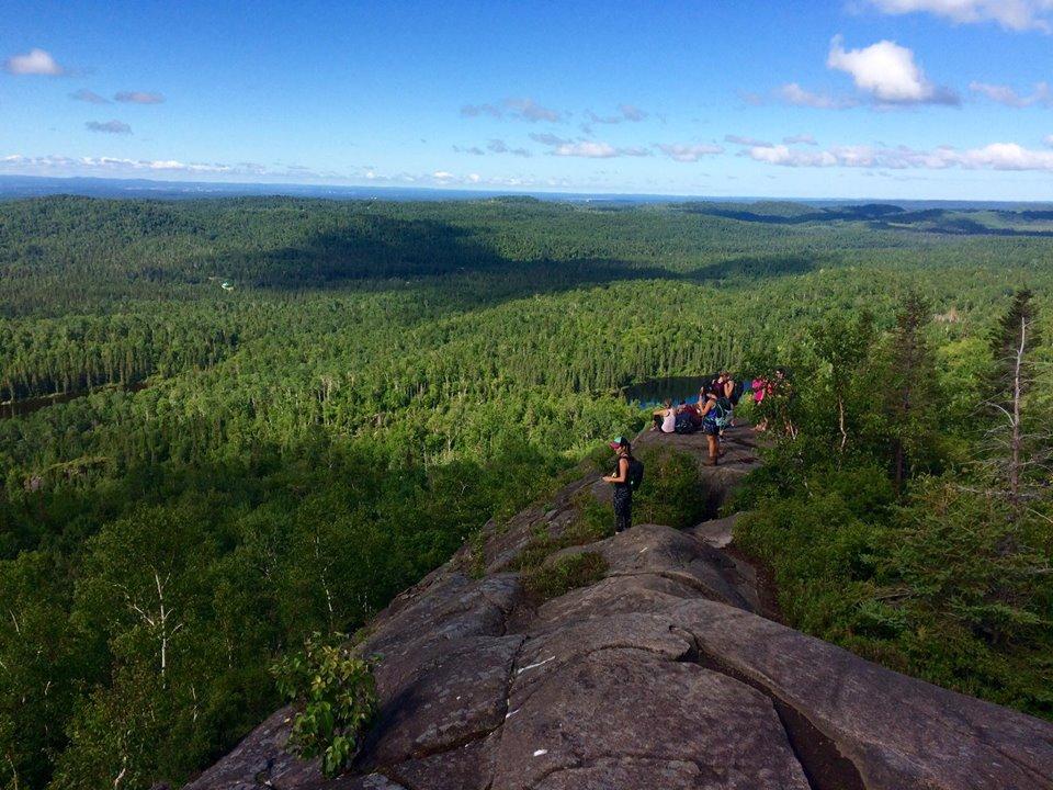 Randonnée au féminin avec les Chèvres de montagne | Monts Valin, Saguenay